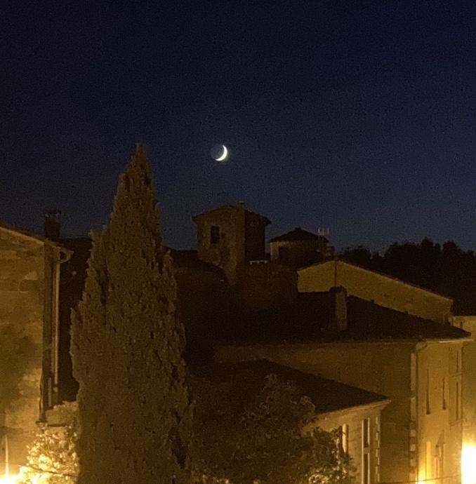 Abendritual Mond